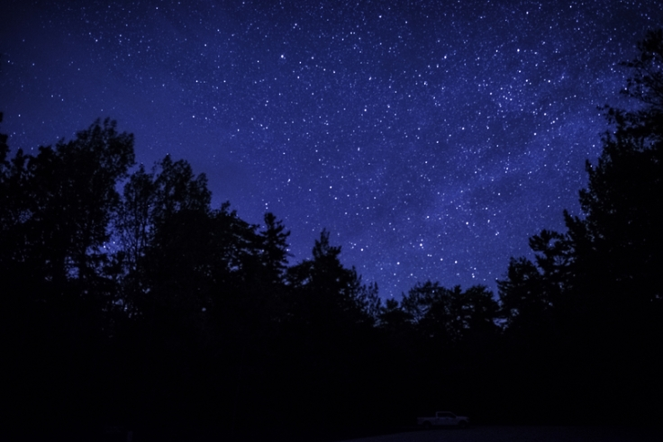 blue-sky-and-stars-above-the-parking-lot_800.jpg